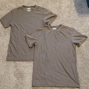 Men's grey DULUTH TRADING tshirts (set of 2)